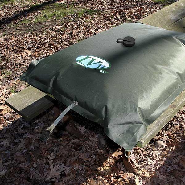 ivy-bag-picnic-table-600